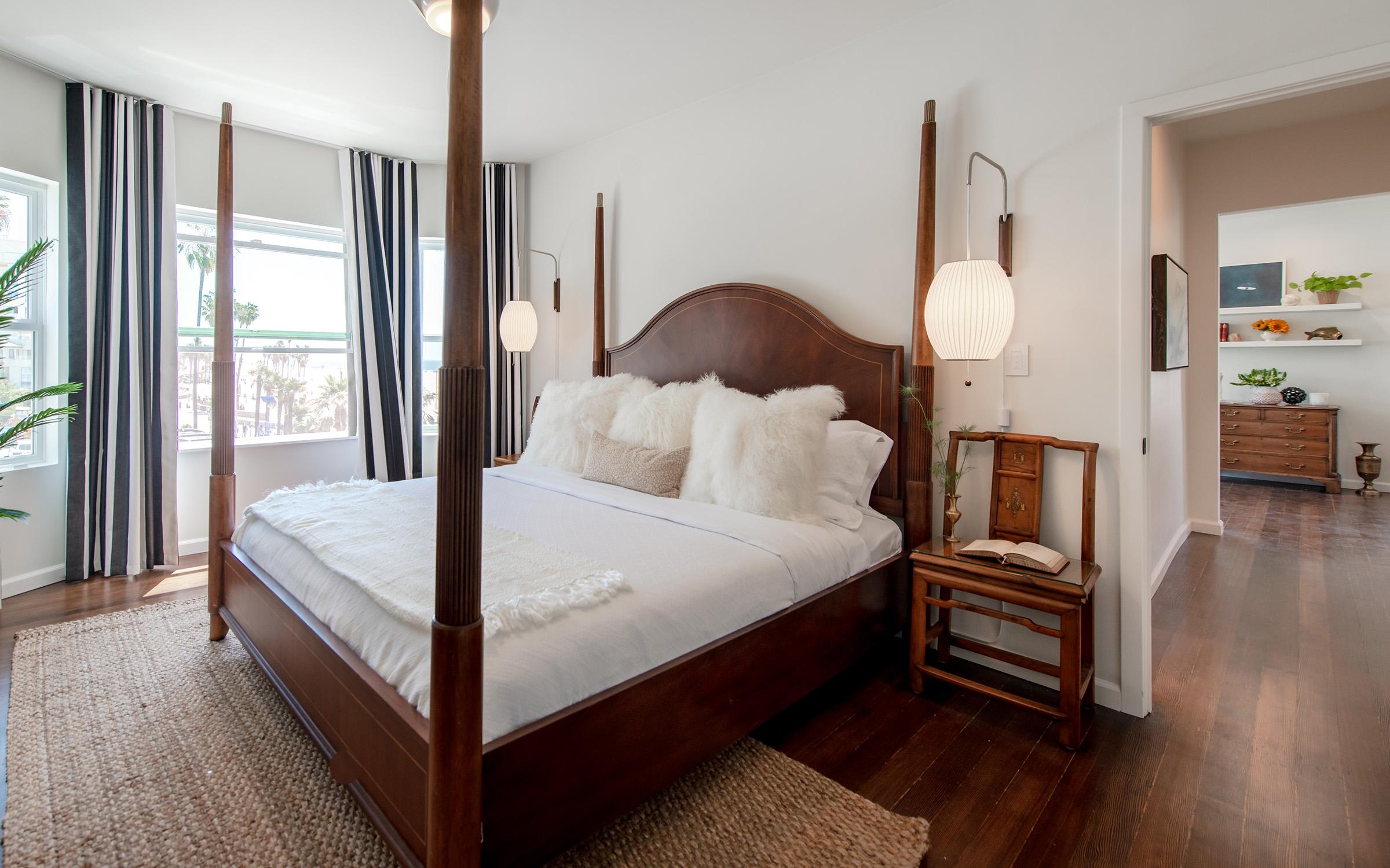 One Bedroom fully renovated in Santa Monica